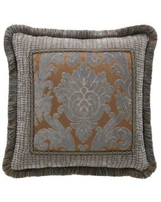 Living Rm Sofa Pillows
