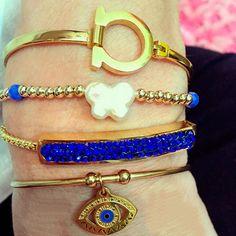 Set By Vila Veloni Blue And Butterfly Bracelets