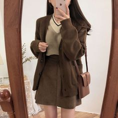 Korean Outfits, Mode Outfits, Fashion Outfits, Fashion Pants, Aesthetic Fashion, Aesthetic Clothes, Cute Casual Outfits, Pretty Outfits, Mode Kawaii