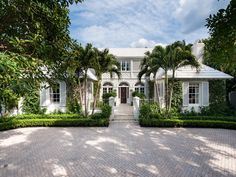Want a taste of your very own slice of Palm Beach paradise? It doesn't get much better than this amazing Bermuda style home, designed in 1938 by Palm Beach society architect John Volk. Palm Beach Fl, Palm Beach Gardens, Beach Trip, Beach Travel, Beach Cottage Style, Coastal Style, Coastal Decor, Cabana, British Colonial Style