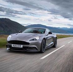 2015 Aston Martin Vanquish: Aston Martin's ultimate grand tourer sees a modest evolution with the introduction of the 2015 Aston Martin Db9 Gt, Aston Martin Sports Car, New Aston Martin, My Dream Car, Dream Cars, Pagani Zonda, Lamborghini Veneno, Car Deals, Sexy Cars
