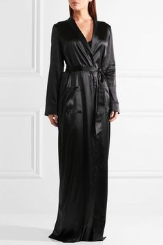 Black silk-blend satin and lace Slips on 90% silk, 5% polyester, 5% elastane Dry clean Made in Italy