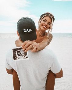 Excellent baby arrival information are offered on our internet site. Have a look and you wont be sorry you did. Pregnancy Announcement Photos, Baby Announcements, Pregnancy Tips, Pregnancy Photos, Pregnancy Dress, Pregnancy Journal, Pregnancy Clothes, Pregnancy Pillow, Early Pregnancy
