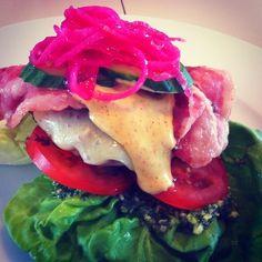 #LCHF LCHF-hverdag: burger uden brød