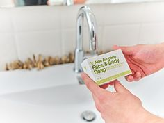 Aloe and avocado combine for a luxurious, nutrient-rich soap that will leave your skin feeling smooth and moisturized. Aloe Avocado Face & Body soap is gentle enough for your entire body and face with a scent of freshly-picked citrus. Pomegranate Uses, Aloe Vera, Sante Bio, Forever Business, World Hunger, Forever Aloe, Best Skincare Products, Natural Facial, Body Soap