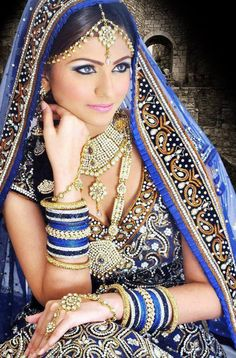 BRIDAL MAKEUP RENTAL OF OUTFITS PHOTOSHOOTS SPA AND BEAUTY BASED IN SINGAPORE