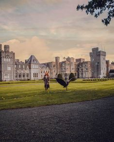 Have you ever wondered what it is really like to stay in an Irish castle? All About RosaLilla stayed in Ashford Castle, one of Ireland's most luxurious 5 star hotels in Ireland | Ashford Castle Hotel | Luxury Travel Ireland | Luxury Hotel Ireland | Five Star Hotels Ireland | Fairytale Castles #ashfordcastle #galwayireland #fairytalecastles #luxurytravel #besthotelireland #besthoteleurope #besthotelintheworld #luxurytraveleurope Ashford Castle Hotel, Ashford Castle Ireland, Galway Ireland, Ireland Travel Guide, 5 Star Resorts, Fairytale Castle, Five Star Hotel, Europe Destinations, Luxury Travel