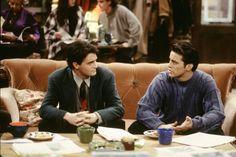 Chandler Bing (Matthew Perry), Joey Tribbian (Matt LeBlanc) ~ Friends Episode Stills ~ Season 1