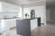 Interior by Jutta K.N: Kodin sydän Kitchen Inspiration, Interior, Home Decor, Kitchens, Decoration Home, Indoor, Room Decor, Interiors, Home Interior Design