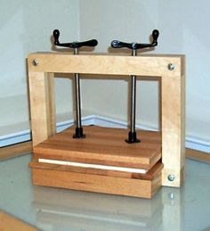 Book Press - Free plans for wood projects