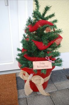 Christmas tree planter decor, Christmas tree Plant decor, 2013 Christmas outdoor decor #Christmas #tree #planter #decor www.loveitsomuch.com