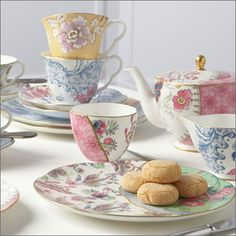 World of Wedgwood - Butterfly Bloom - Wedgwood® Official US Site