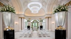 Celebrate your love in Paris in the enchanted decor of The Peninsula Paris. Our wedding planners will help you to make your dream wedding become reality.