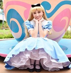 Cute Cosplay, Cosplay Dress, Alice In Wonderland Costume, Disney Face Characters, Disney Dreams, Vacation Places, Heroines, Neverland, Dream Dress