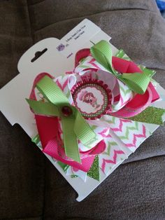Omg super cute!! There's more at www.face.com/messyjessieshairbows
