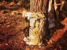 My bush-bag  Follow me for more ⏩ @kennys_bushcrafting . #outdoors #outdoor #bushcrafting #bushcraft #axe #knive #campfire #survival #forest #woods #wood #wilderness #shelter #camping #getoutside #gooutside #Wild #bushman #naturelover #adventure #camp #nature #wandering #motherearth #offthegrid #offgrid #fire #army #bag  photo : @kennys_bushcrafting  website: www.Bushcrafting.be