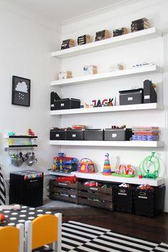 Love this shelving Kids Room Shelves, Shelves In Bedroom, Boy Toddler Bedroom, Kids Bedroom, Kids Barn, Lego Bedroom, Office Playroom, Kids Room Organization, Big Girl Rooms