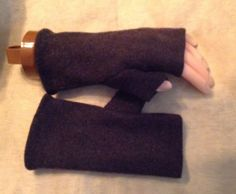 B27 Char-gray merino wool felt Fingerless by mcleodhandcraftgifts