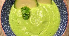 Soupe froide courgette, concombre et fromage frais, une recette de la catégorie Soupes. Plus de recette Thermomix® www.espace-recettes.fr