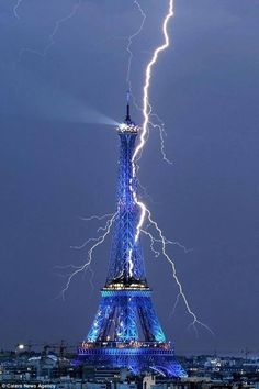 LORD ZEUS PLEASE CALM DOWN! YOU ARE DESTROYING FRANCE ITSELF!