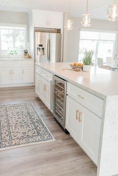 Kitchen Room Design, Kitchen Reno, Modern Kitchen Design, Home Decor Kitchen, Kitchen Living, Home Kitchens, Kitchen Ideas, Island Kitchen, Kitchen Remodeling