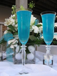Little Boy Baby Shower. Baby Blue Punch Recipe made w/ 1 ounce) package blue berry flavored unsweetened drink mix 1 liter) bottle lemon-lime flavored carbonated beverage 1 fluid ounce) bottle white cranberry juice 8 scoops vanilla ice cream Cocktails, Party Drinks, Fun Drinks, Yummy Drinks, Fruity Drinks, Party Favors, Alcoholic Punch Recipes, Non Alcoholic Drinks, Juice Recipes