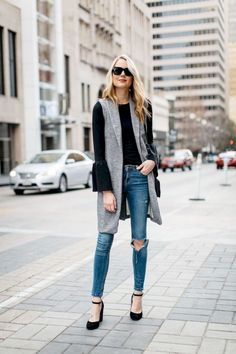 This black leather moto jacket from the Nordstrom Anniversary Sale is the perfect addition to your fall wardrobe & looks effortlessly chic paired with jeans Vest Outfits For Women, Basic Outfits, Mode Outfits, Fall Outfits, Casual Outfits, Summer Outfits, Outfit Winter, Black Vest Outfit, Leather Vest Outfit