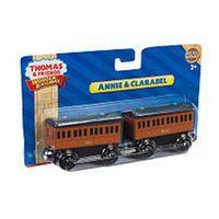 Thomas Wooden Railway Annie & Clarabel 2-Pack