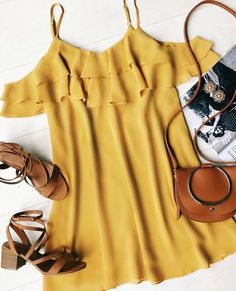 40 Best Colorful Outfit Ideas To Try This Summer