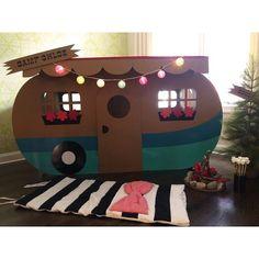 Nos encanta esta idea de  #minicamping dentro de la casa ⛺ una actividad genial…