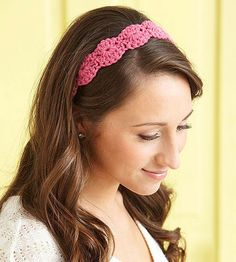 Pretty scallops, crocheted on opposite sides of a foundation chain, create a feminine headband with a curvy shape. Make it completely adjustable (and pinch-free!) with slip-stitch ties that fasten to the ends.