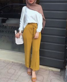 nihal_basha actual scarf is an essential item in Hijab Fashion Summer, Modest Fashion Hijab, Modern Hijab Fashion, Street Hijab Fashion, Casual Hijab Outfit, Hijab Fashion Inspiration, Hijab Chic, Muslim Fashion, Modest Outfits