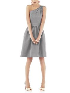 """<div class=""""productDescription marginTop20 marginBottom20""""> <p><span>Alfred Sung Style D528 is a cocktail length bridesmaid dress with ruching at the shoulder. Style D528 has a wide matching belt at natural waist above the shirred A-line skirt and pockets in the side seams. Alfred Sung</span>D528 is made of dupioni fabric.</p> </div>"""