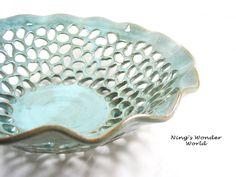 Handmade pottery fruit bowl with lace design by Ningswonderworld #Etsy