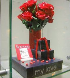 Valentines Day Jewellery Store window displays by Moving Designz