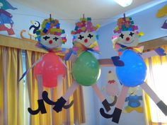 Activities for Kids fényképe. Clown Balloons, Foil Balloons, Kids Crafts, Diy And Crafts, Balloon Decorations Party, Birthday Decorations, Balloon Ideas, Decoration Creche, Carnival Crafts