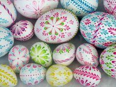 Här kommer mer inspiration om hur du kan pimpa dina ägg till påsk... bilder: pInterest