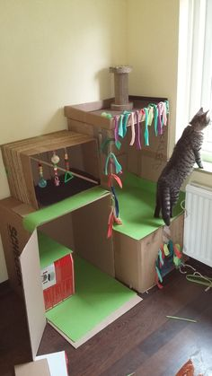 DIY cardboard cat castle for our sweetest girls <3