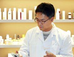 오가닉브릿지의 김태웅 대표의 유기농화장품연구소 창업이 문화체육관광부 정책기사로 게재되었습니다. 유기농화장품에 대한 대표의 이야기, 한 번 들어볼까요? http://organicb.co.kr/220237385481