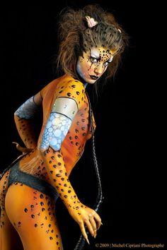 Фото девушка тигрица