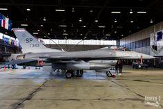 https://flic.kr/p/22hbYYq   91-0343 F-16CM Fighting Falcon   ETAD/SPM   20.10.2017   General Dynamics F-16CM Fighting Falcon 91-0343 USAFE 52nd FW 480th FS ETAD/SPM Spangdahlem AB 20.10.2017