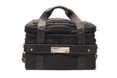 The Rich Medina 45 Bag is a collaborative 7 inch record travel bag designed with DJ Rich Medina. Shoulder Pads, Shoulder Strap, Rolling Bag, Nickel Plating, Thing 1, Metal Casting, Leather Handle, Travel Bag, Gym Bag