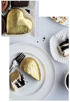 Een gouden medaille voor deze zoete traktatie.  #goud #cake