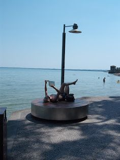 Deckchair, Sirmione #italy #pedestrian #light #rest #living_room