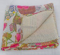 White Queen Kantha Quilt Blanket Bedspread Bed Cover In by Moomal 65