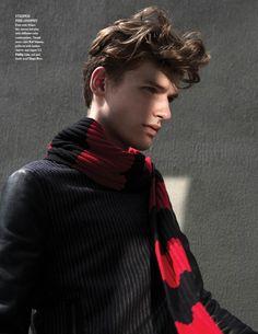 Douglas Neitzke & Tomek Szalanski Wear Winter Scarves for Fashionisto #9 image scarves fashionisto7 800x1035