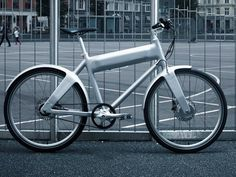 The OKO electric bike can travel 25 miles on a single charge.