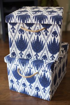 Fabric Covered Storage Boxes - Stylish Storage - Make Stylish Storage Bins By Covering Bankers Boxes with Fabric - Cardboard Storage, Cardboard Box Crafts, Fabric Storage Boxes, Yarn Storage, Fabric Boxes, Craft Storage, Storage Ideas, Decorative Storage Boxes, Fabric Basket