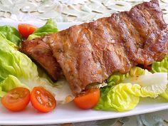 Přísady na marinádu smícháme, dáme na žebra a uložíme na 24 hodin do chladu. Grilujeme nebo pečeme v troubě cca 1 hodinu. Já pekla v el. troubě... Halloumi, Steak, Pork, Beef, Kale Stir Fry, Meat, Steaks, Pork Chops