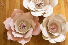 Giant paper flowers free template |